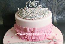 princes tiara cakes