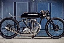Bikes/motorbikes