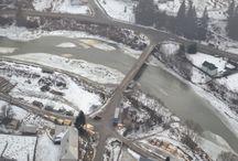Survol peste râurile Bistriţa şi Dorna / Prefectul Florin Sinescu a survolat cu un elicopter cursurile râurilor Bistriţa şi Dorna.