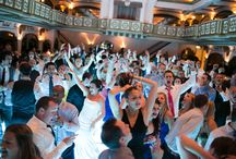 Packed Dancefloors / Our fantastic band really knows how to get wedding guests up and moving! DRM guarantees a packed dance floor at your wedding!