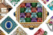 Top 7: Marcas de Joyería Lujosa / Algunos pueden decir que la joyería lujosa es un gasto innecesario de dinero, otros lo llamarán una buena inversión. Independientemente de tu posición, siempre es favorable estar informado, es por eso que te invitamos a que leas este post: https://tendenciasjoyeria.com/top-7-marcas-de-joyeria-lujosa