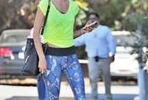 Outfits Girls Women #Sporty / Sporty outfits for girls and women. Trendy, chic, fashion sporty outfits.