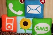 Pillows on Pinterest / ChellyWood.com offers free, printable patterns