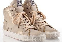 shoe shoe shoes