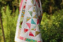 Quilts / by Holly Saltzman