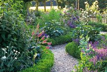 Gravel Garden and Garden Path