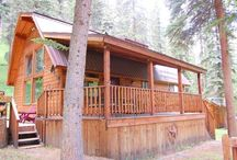 Copper Creek Chalet / This cabin is what our Valley is all about! Rustic type cabin on flowing water. The deck and outdoor grilling area are surrounded by trees and peaceful settings! Bring the whole group here to one of our favorite homes!! You will have a great time!