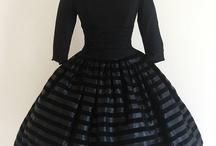 modest dresses / by Michelle Rubin