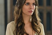 Kenna-Reign / play by:Caitlin Stasey