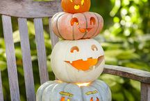 2015 Halloween Crafts to Make / by Holly Smally