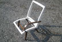 Armchair (renovation) / За основу взяты чехословацкие мягкие кресла 1963 года выпуска. С них снята вся обивка. Массив дерева на креслах полностью восстановлен. Сидения и спинки кресел перетянуты плетеной натуральной кожей (приятно поскрипывает когда садишься или встаешь).