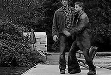 ALL THE GIFS / Gifs for every occasion and emotion. Most of them from Supernatural.