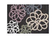 Insolite / Apportez un vent de liberté dans votre déco grâce à cette tendance fleurie et colorée