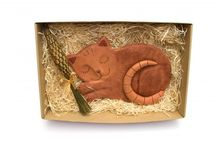 Malá ukázka toho, co u mě najdete ... / Ve spolupráci s excelentními řemeslníky pro Vás vytvářím jedinečné dárkové balíčky, které rozdávají radost.   Sháníte dárek originální pro muže? Nebo neotřelý dárek pro ženu? A co neobvyklou bytovou dekoraci? Pak jste na www.katule.cz naprosto správně ;-) Nahlédněte k nám a najděte si ten správný dárek, který hledáte …