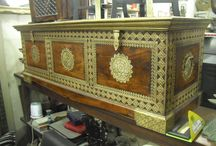 Antique Collections / http://usedfurnitures.in/ is the greatest way if u want to get some cool and antique stuff like side board wall mirrors or antique almirah