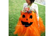 Halloween Costume Ideas for Tweens / Easy and cute Halloween costume ideas for kids and teens. Be unique this year and DIY!