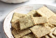 Low carb bread and crackers