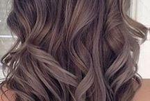 Vanity Belle / Péče o krásu, líčení, vlasy, nehty www.vanitybelle.cz - internetový magazín o ženské kráse :) https://www.facebook.com/vanitybellecz/ - sledujte nás pro inspiraci, jak se nalíčit, co s vlasy, jak o sebe pečovat! :)