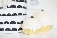 Halloween Without the Kitsch / Halloween and fall decor without the kitsch.