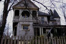 Spooky houses / Casas abandonadas