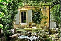 French garden decor