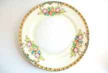 Plates / Plates