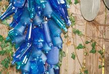 Bottles & Jars / by Cindy Briedis