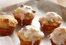 peanut butter chip banana muffins