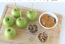All About Apples / Apples apples everywhere. The best apple recipes for fall fun.  / by The SITS Girls