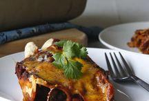 Vegan/Veggie Meals / by Amy Schwartz McHugh