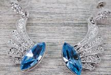 Women's Designer Jewellery / Stunning, collection of jewellery online. Rings, bracelets, earrings, charms & more from a wide range of jewellery designers from Universal Store London™