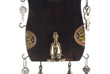 Ethnic Key Ring Holder with Dhokra Figurine and Warli work ( with 6 key pegs and 2 bells)
