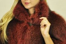 Raccoon Fur Shawl / Keep you stylish toasty all year round with our Raccoon shawls.