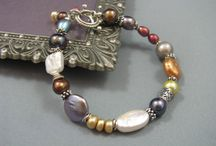 Jewelry Tutorials / by Shannon Beck-Bevan