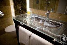 Łazienki / Bathrooms / Prywatne świątynie relaksu dla naszych Gości.