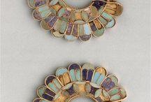 Achaemenid art artifacts / Achaemenid art - Achaemenid bronze - Near Eastern jewelry - Silver bracelet