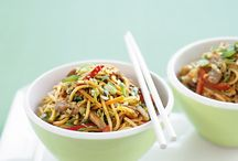 Food - Asian flavours / by Karli Buchanan