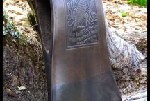 орнамент на топоре