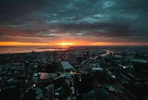 Skydeck Sunsets / Sunset is a popular time to visit Eureka Skydeck and here's why....(see below)