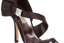 Shoes / by Brianna Bachur
