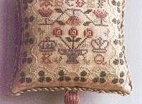 Mini cushions cross stitch