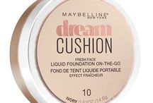 Maybelline! #DreamCushion / I got this complimentary in a Maybelline Voxbox from Influenster! In my opinion this is great liquid foundation and I love that I got to try it from my fav website!