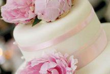 Wedding Cakes / by Ashley Foley