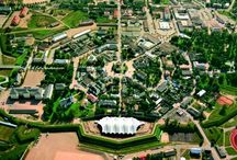 Unique and rare town plans / Pictures of unique and interesting town plans around the world. Hamina's unusual circular town plan dates from the 1720s and it is extremely rare worldwide.