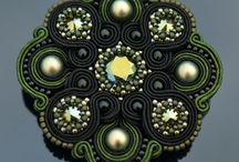 Soutache brooches