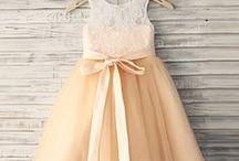 Kız çocukları için giysiler