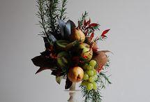 composizioni fiori e frutta