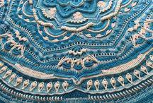 Mandala crocheting