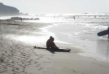 Strände auf Fuerteventura / An der Westküste von Fuerteventura kann man sehr gut surfen, darf aber in der Regel wegen Wellen und Strömungen nicht baden.