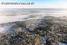 Maaseutua ja peltomaisemia ilmasta / Suomen maaseutua ja peltomaisemia eri vuoden aikoina kuvattuna